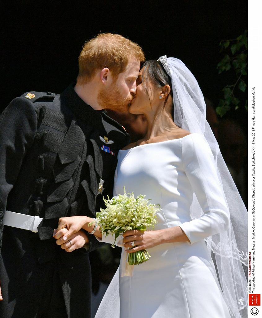 Meghan Markle i książę Harry w dniu ślubu (bukiet)