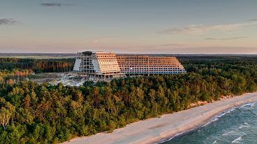 Hotel Gołębiewski w Pobierowie w gminie Rewal. Zdjęcie wykonane dwa lata temu przez Jacka Grymińskiego mieszkańca Rewala