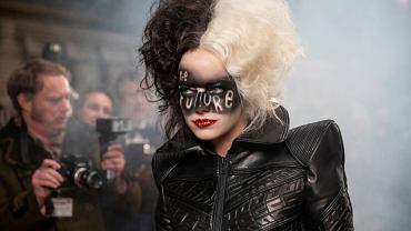 Emma Stone jako Cruella DeVille