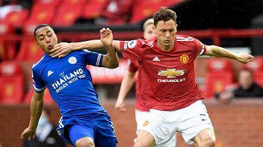 Manchester United przed finałem Ligi Europy w Gdansku zagrał w rezerwowym składzie. Na zdjęciu Nemanja Matić