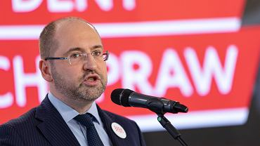 Adam Bielan podczas prezentacji spotu wyborczego Andrzeja Dudy