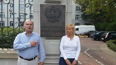Ewa i Dariusz Dołeccy spędzili 82 dni w celi z mordercami za olej z konopi dla chorej matki, fot. Igor Nazaruk