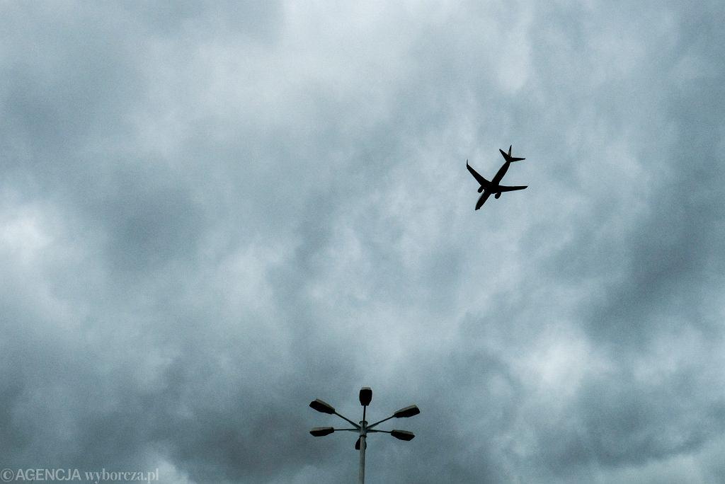 Samolot, zdjęcie ilustracyjne.