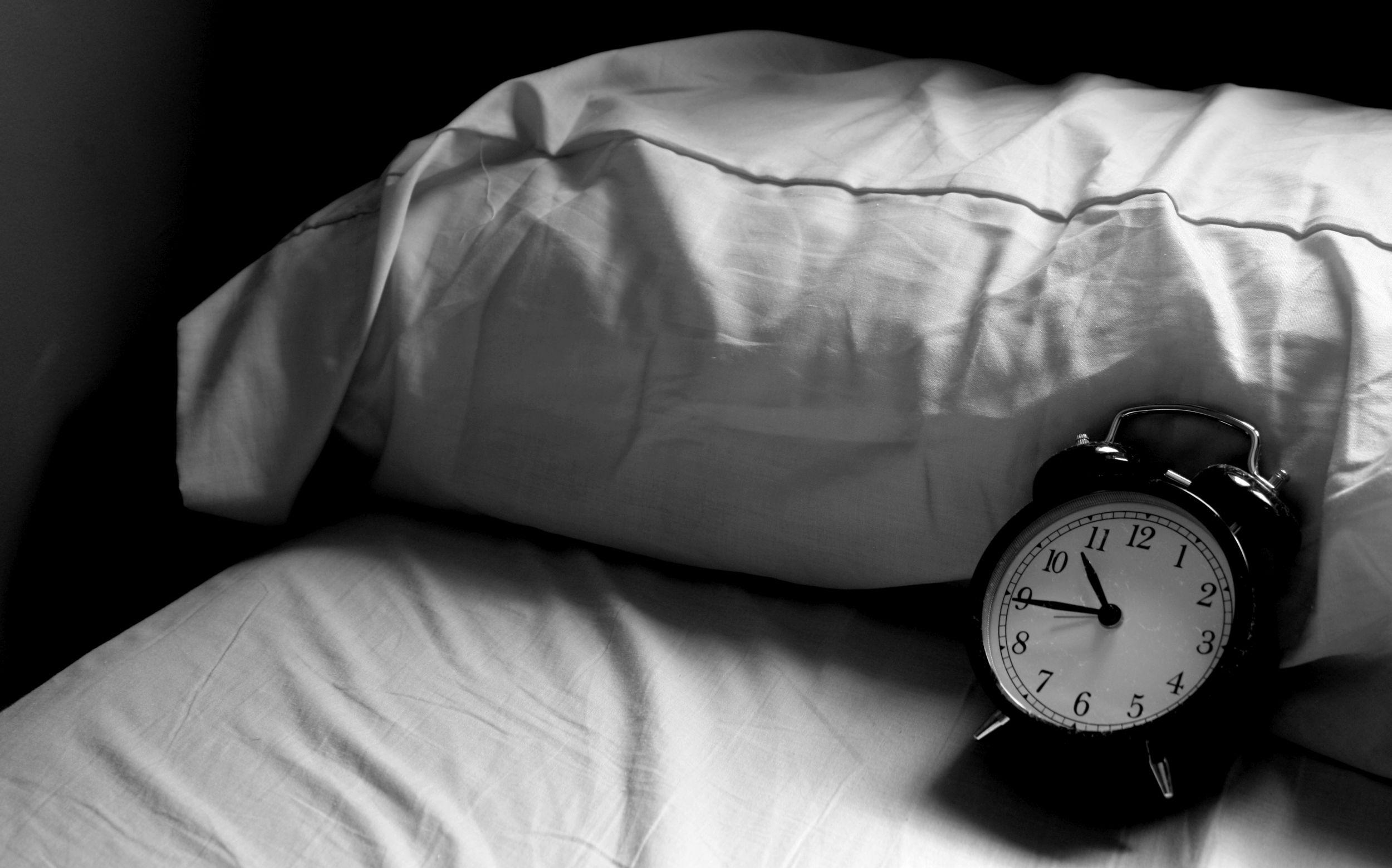 Według naukowców przesypiamy 1/3 życia (fot. starlights_ / bit.ly/1cvqOCV / CC BY / bit.ly/1hYHpKw)