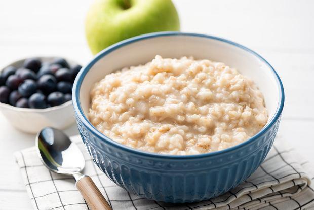 Zdrowe śniadanie? Toksyny z pleśni, nikiel i składnik środków na chwasty wykryte w płatkach owsianych