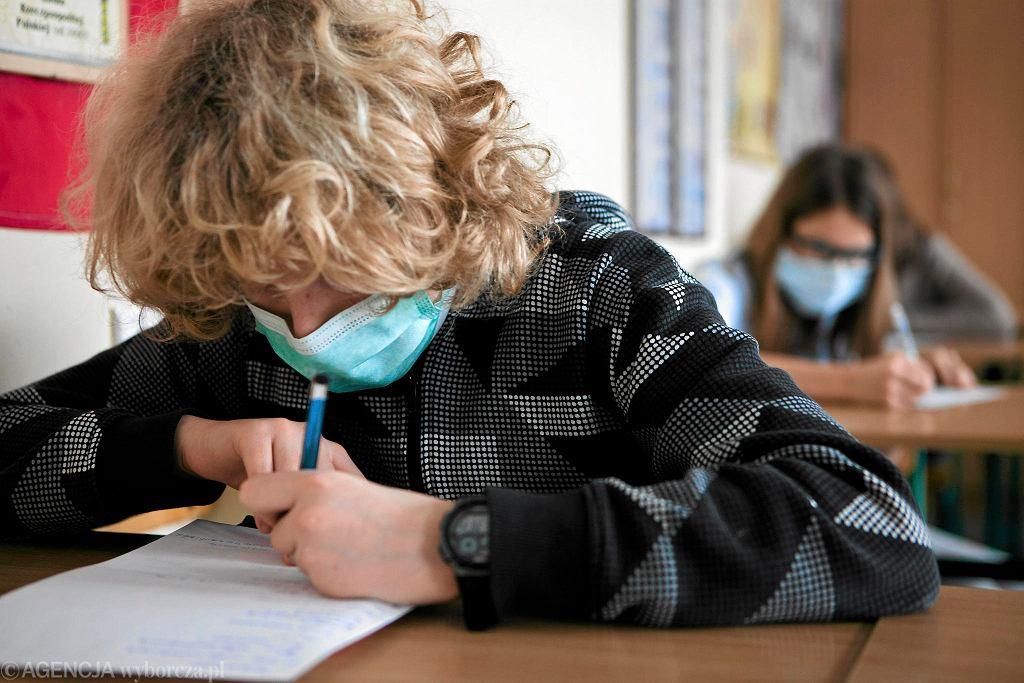 Szkoła w pandemii (zdjęcie ilustracyjne)