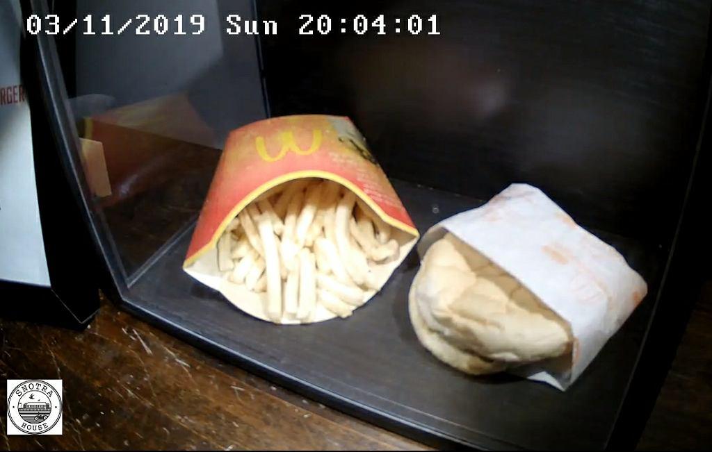 'Ostatni cheesburger na Islandii'