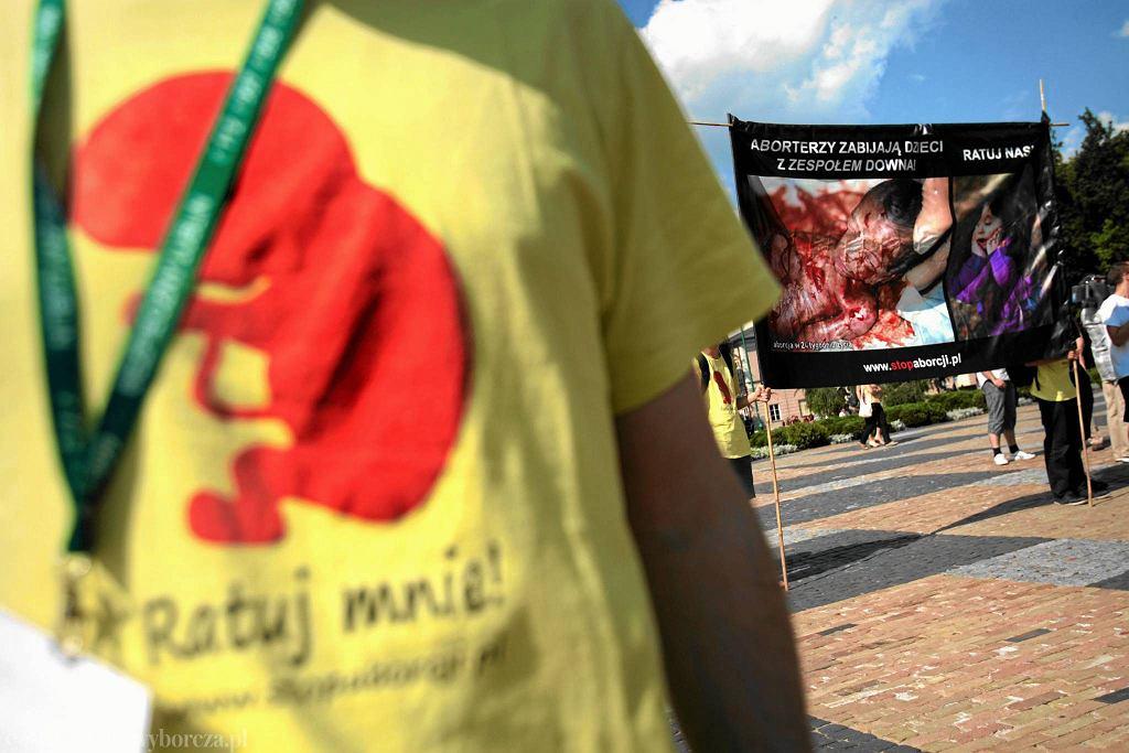 Protest przeciwko aborcji w Lublinie. Zdjęcie z lipca 2013 roku