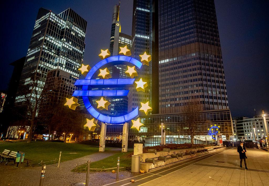 Niemcy. To będą trudne święta. Problemy z dostawami i rekordowa inflacja. Na zdjęciu Frankfurt