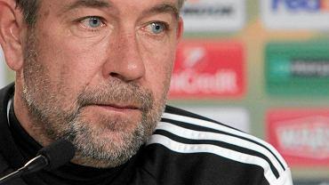 Urs Fischer, trener FC Basel na konferencji przed meczem z Lechem Poznań w Lidze Europejskiej
