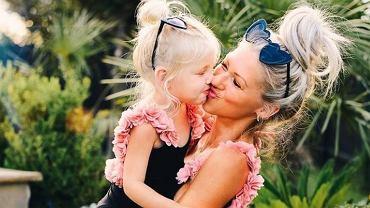 Janene Crossley - uznano ją za najpiękniejszą mamę na świecie. Urodziła czwórkę dzieci i zachwyca obłędną sylwetką