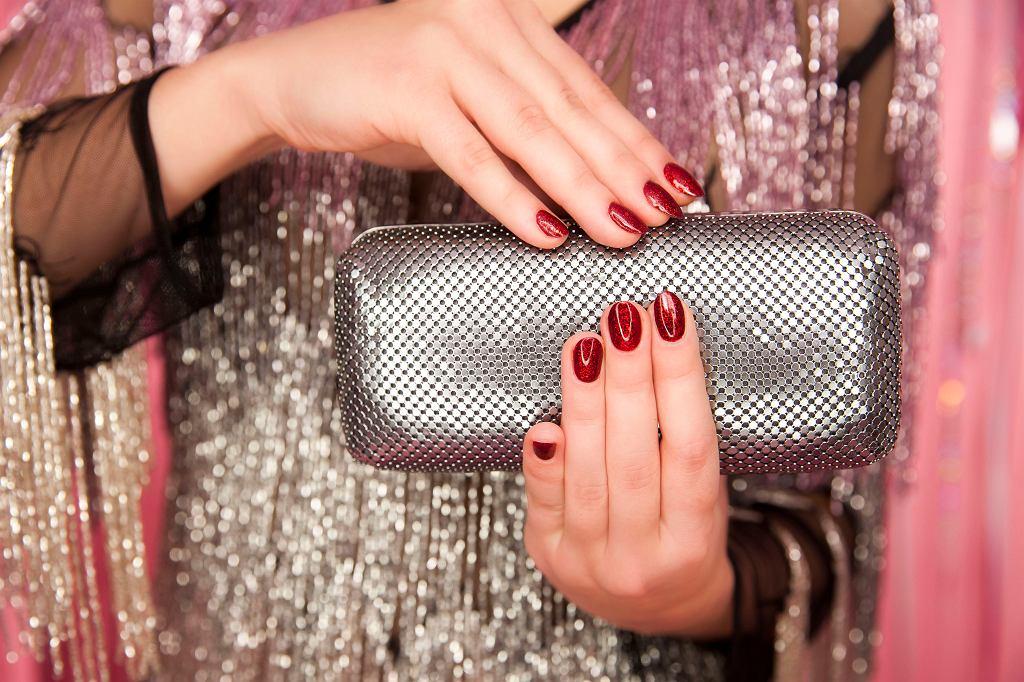 Nowa kolekcja lakierów do paznokci hi hybrid