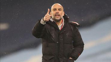 Pep Guardiola kontruje Juergena Kloppa.