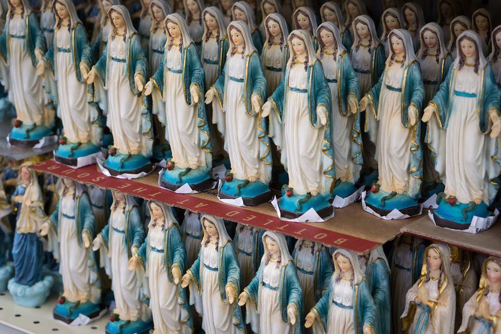 Figurki Matki Boskiej