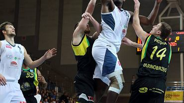 mecz koszykarzy MKS-u