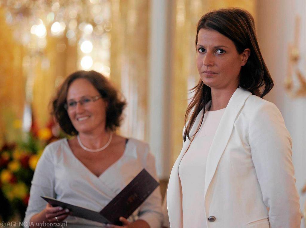 Danuta Dmowska -Andrzejuk podczas uroczystej sesji Rady Warszawy w 2012 roku