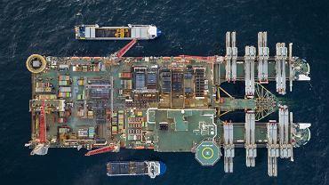 Sekretarz stanu USA Antony Blinken domaga się wstrzymania prac nad Nord Stream 2. 'To rosyjski projekt geopolityczny'. Na zdj.: Pioneering Spirit, statek instalujący rurociąg Nord Stream 2 na szwedzkich wodach Bałtyku