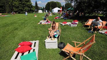 Śniadanie na trawie w Parku Śląskim