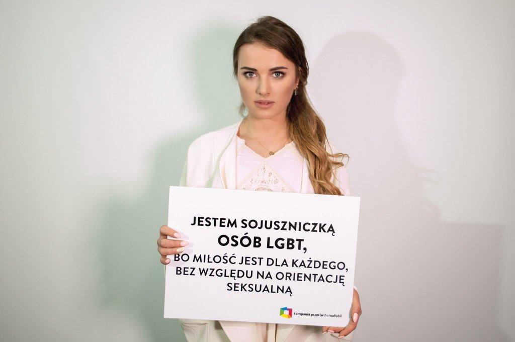 Julia Kuczyńska dołączyła do akcji ''Ramię w ramię po równość''