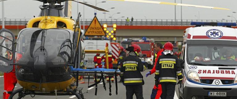 Szczyt powrotów z długiego weekendu: dwa groźne wypadki na A2 i S8. Ranni
