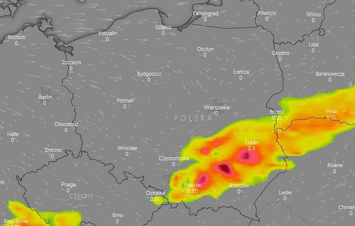 Front burzowy nad Polską w nocy z poniedziałku na wtorek.