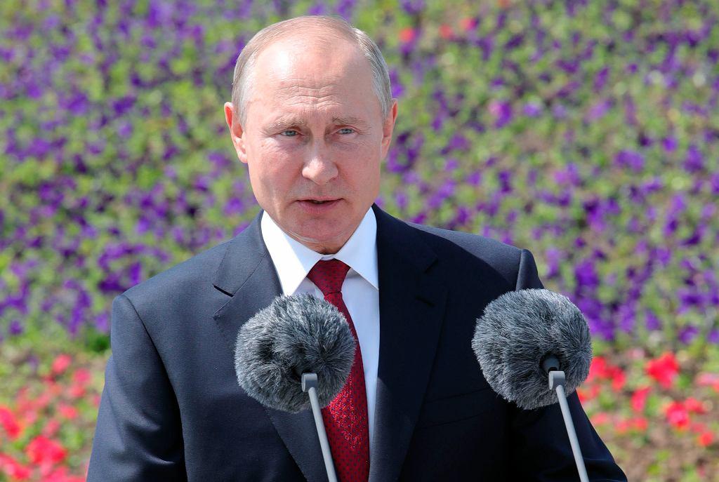 Prezydent Rosji po raz pierwszy od ponad dwóch miesięcy pojawił się publicznie