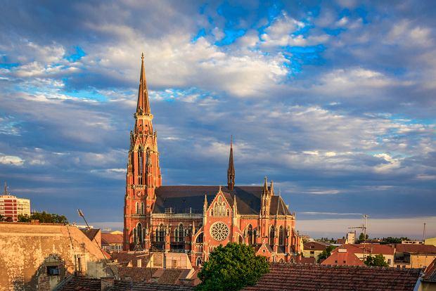 Osijek to jedno z głównych miast Slawonii, regionu niedocenianego przez turystów