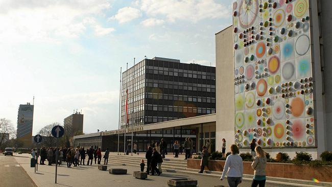 Już wiadomo, czy toruński uniwersytet wróci do pracy stacjonarnej od października