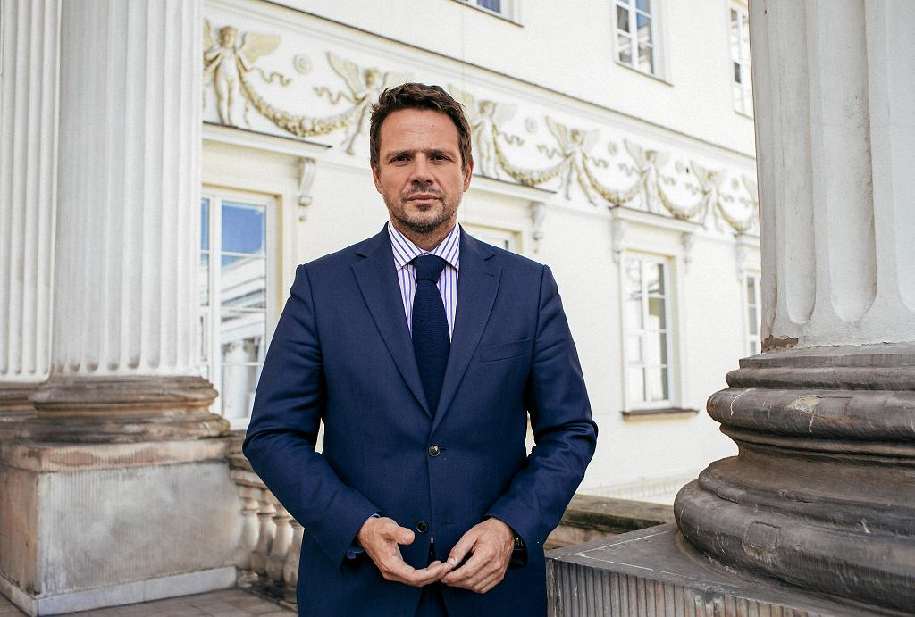 Prezydent Warszawy Rafał Trzaskowski: PiS chce zrobić z samorządu wydmuszkę