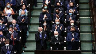 Podwyżki dla posłów (zdjęcie ilustracyjne)