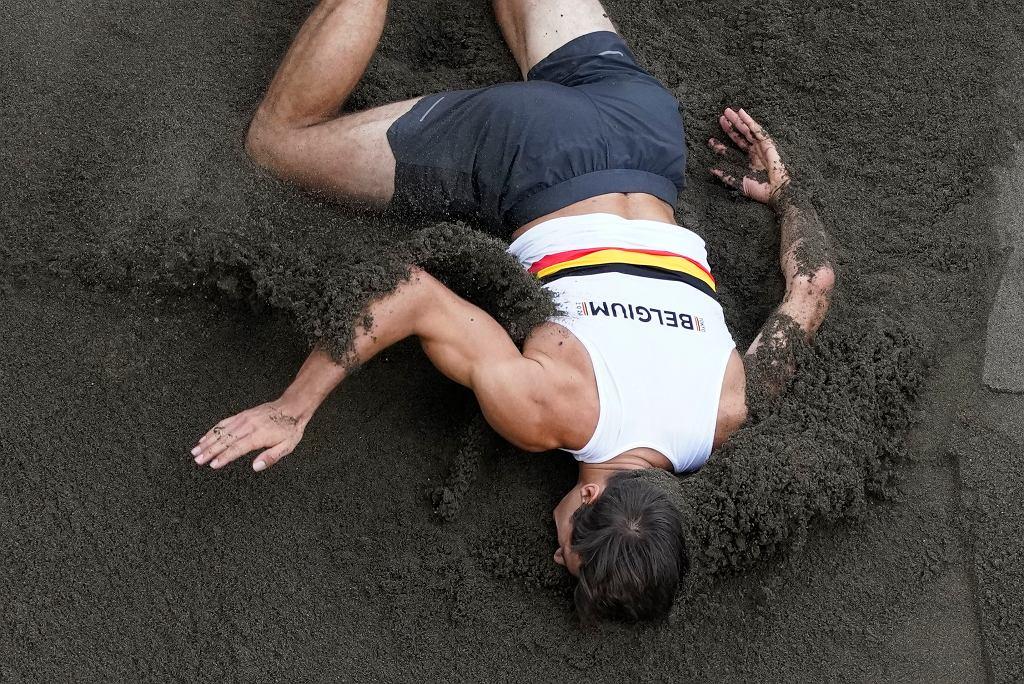 Groźny upadek belgijskiego dziesięcioboisty. Runął twarzą w piach [WIDEO]