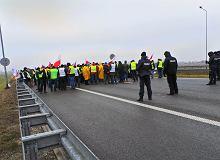 Czytelnicy krytykują protest rolników na A2. 'Pod Sejm, nie na drogę!'