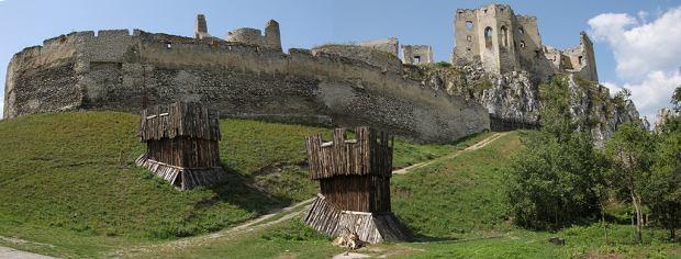Słowackie zamki - zamek w Beckovie / fot. Klearchos Kapoutsis / CC Flickr.com