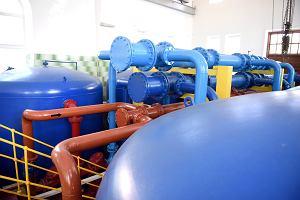 Nakładanie opłat za dostęp do sieci wodociągowych i kanalizacyjnych jest nielegalne. Prokuratorzy będą zaskarżać gminy