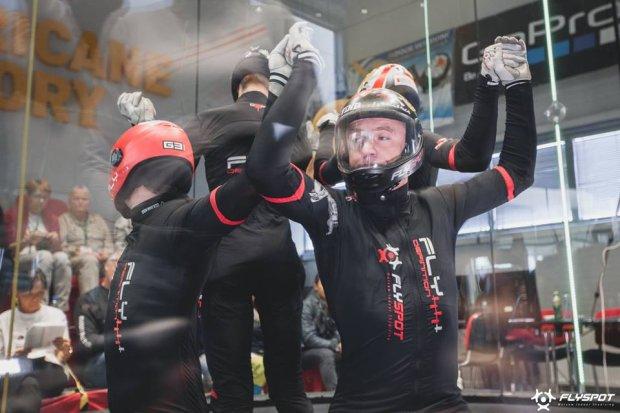 Zdjęcie numer 3 w galerii - Medale Polaków w I mistrzostwach świata w Indoor Skydivingu