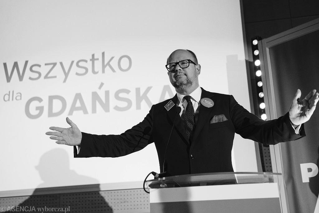 Prezydent Gdańska Paweł Adamowicz (1965-2019). Na zdjęciu: podczas kampanii wyborczej, Gdańsk, 27 października 2018
