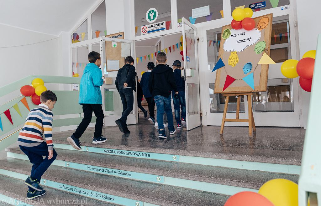 Rozpoczęcie roku szkolnego w Szkole Podstawowej nr 8 w Gdańsku