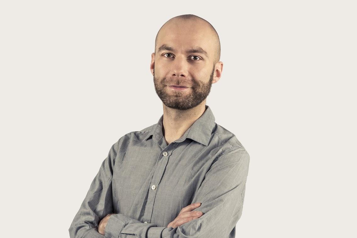 Jan Świerszcz. Psycholog i psychoterapeuta z Fundacji Otwarta Przestrzeń (fot: David Sypniewski)