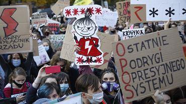 Protest pod siedzibą Ordo Iuris przy ulicy Zielnej 39 w związku z orzeczeniem TK w sprawie aborcji, 28 października 2020 r.