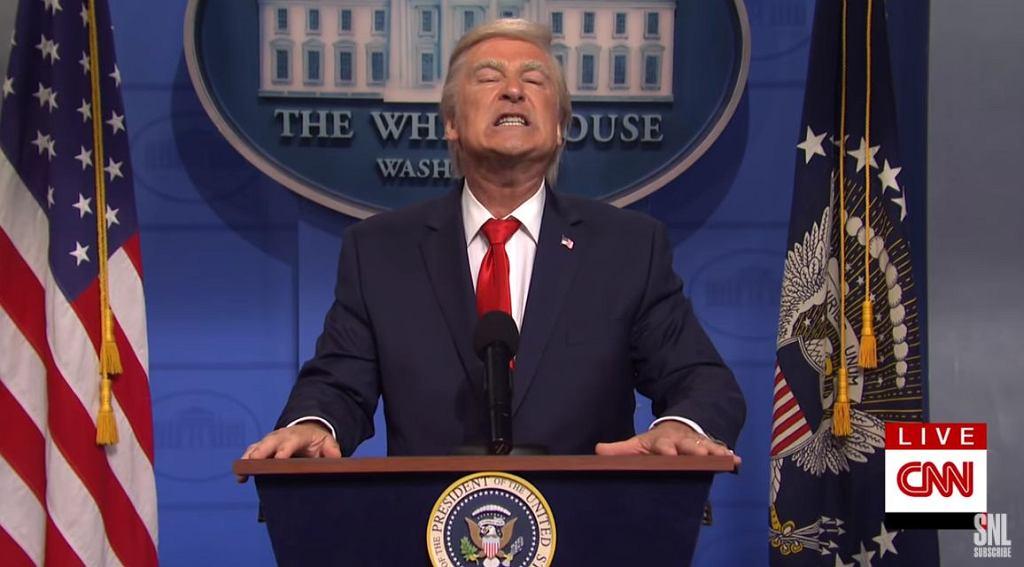 Trump przegrał, a Alec Baldwin cieszy się, że obaj stracili pracę