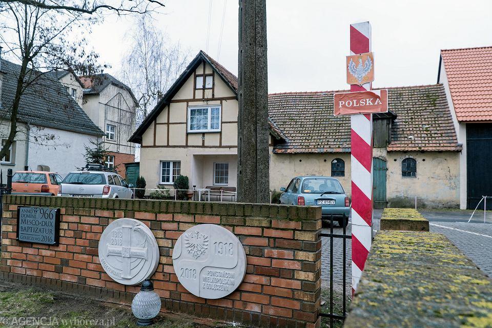 Golęczewo, budynki dawnej wzorcowej wsi niemieckiej