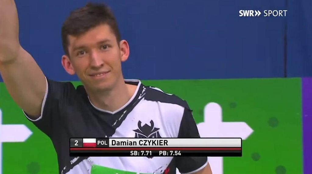 Damian Czykier w stroju G2 Esports