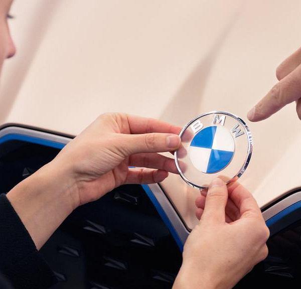 Nowe logo BMW