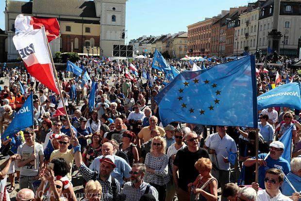 Marsz Wolności, który odbył się w Warszawie w 2018 r.