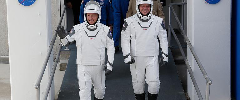 Tak będzie wyglądać przełomowa misja NASA i SpaceX godzina po godzinie