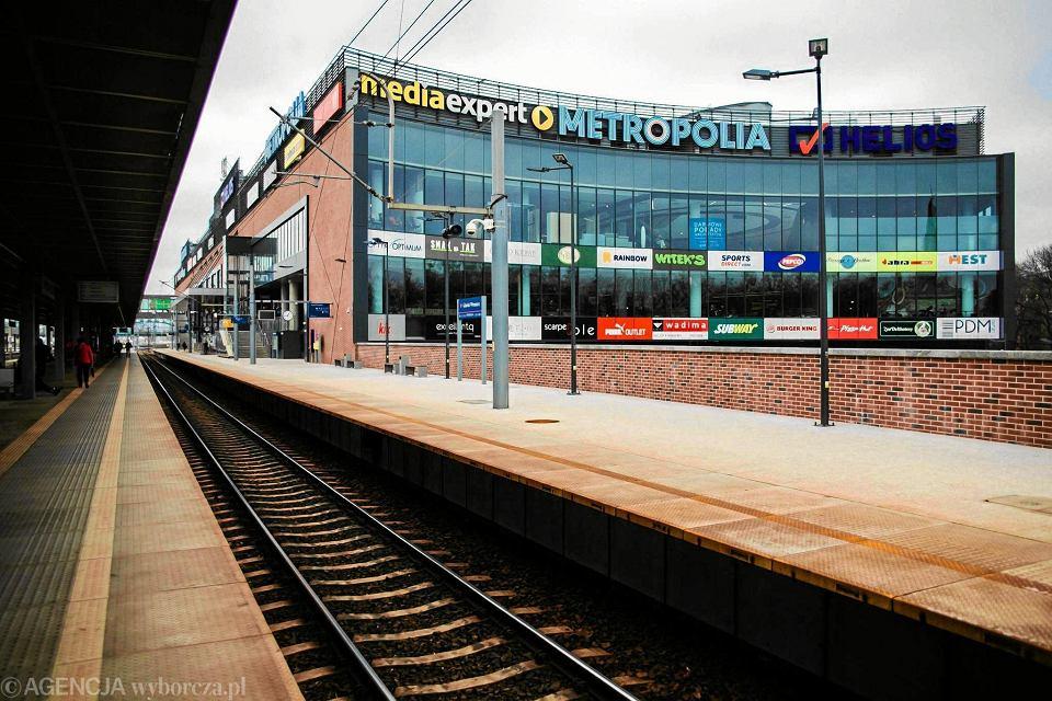 Galeria Metropolia znajduje się tuż przy stacji kolejowej