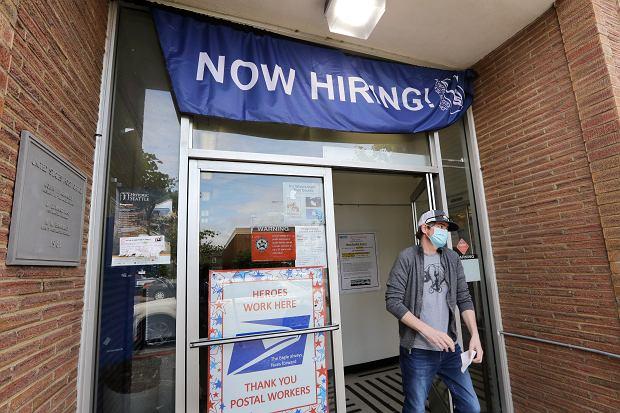 W USA bezrobocie spadło. Czarne prognozy wzięły w łeb