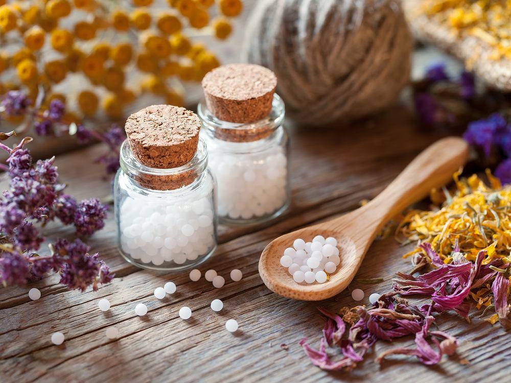 Homeopatia to nie jest tylko ziołolecznictwo