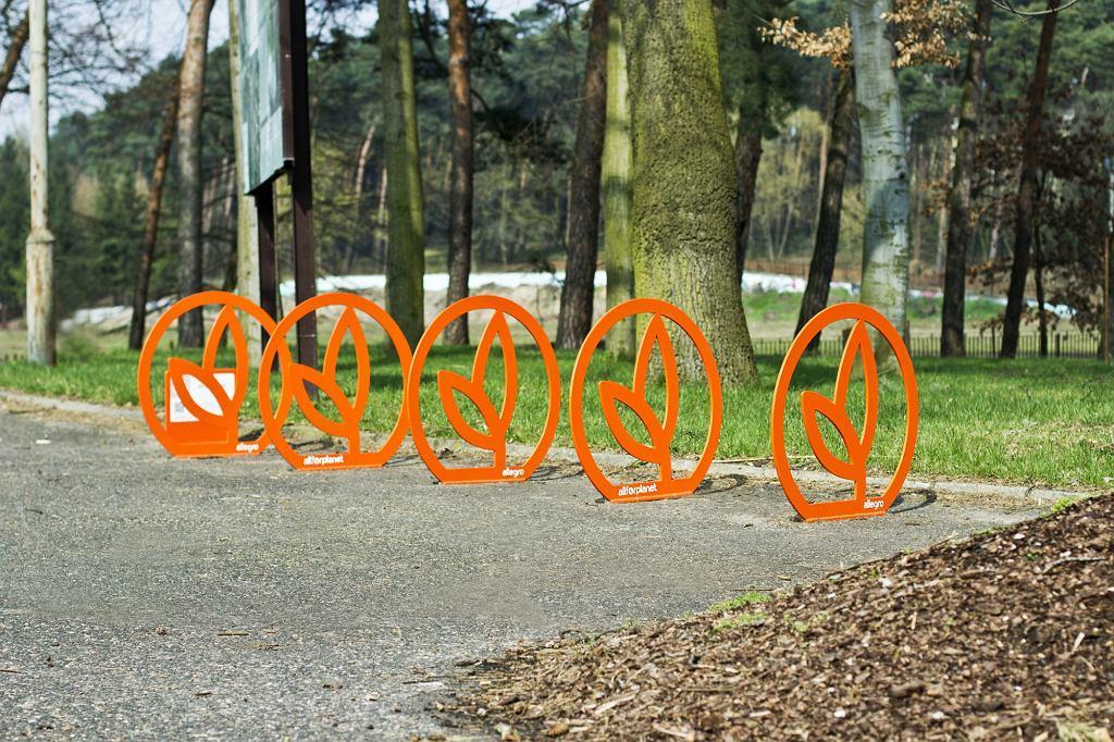 Warszawa stojaki rowerowe