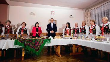 Mateusz Morawiecki z wizytą w Kole Gospodyń Wiejskich